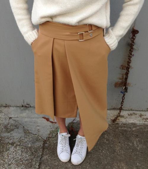 zara double buckle skirt