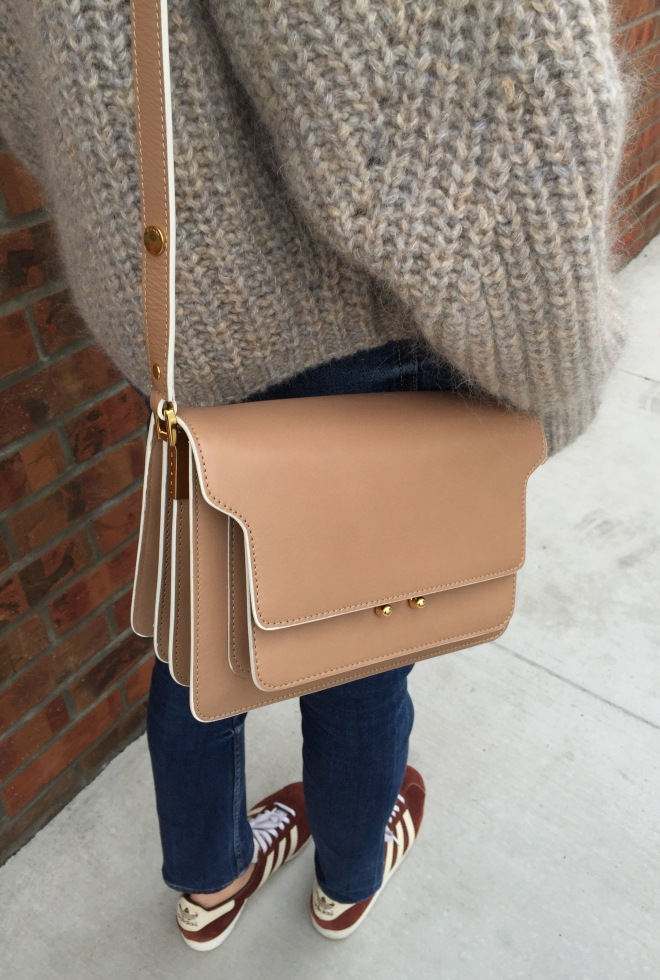 marni trunk bag in nude
