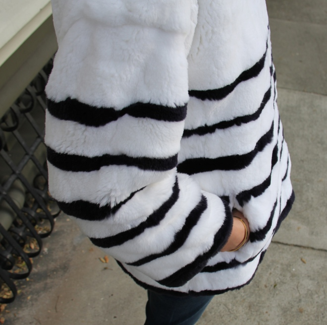 les nouvelles striped fur pull-over top with pockets